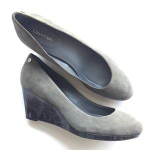 Calvin Klein Wedge heels- Grey Suede/Snakeskin 9M